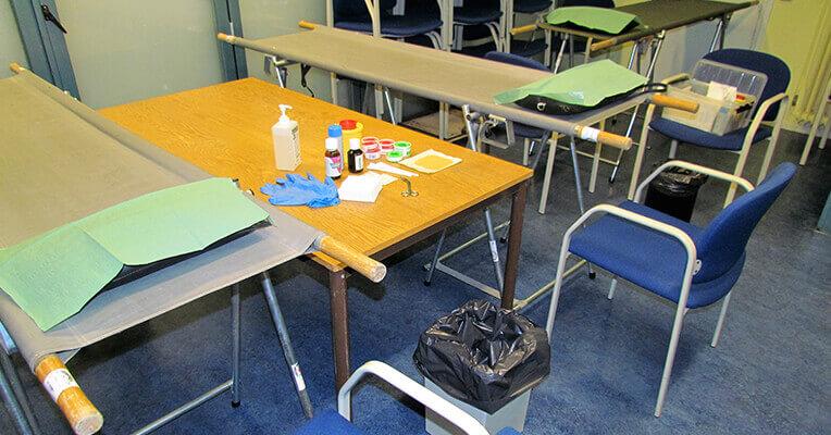 leslokaal is ingericht voor de les Instructeur Wandelletsel